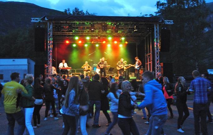 Jordeplerock festival, Lærdal
