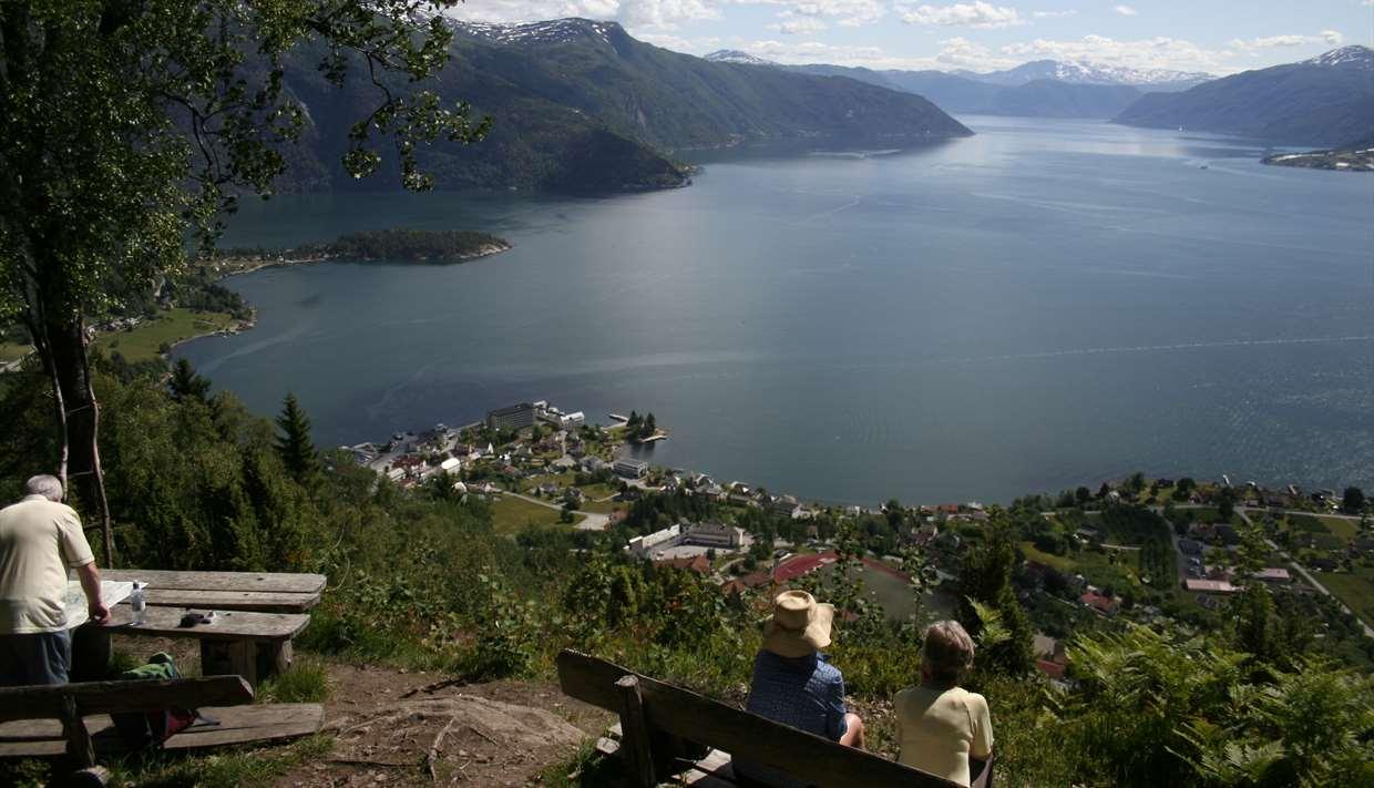 Hiking in Balestrand
