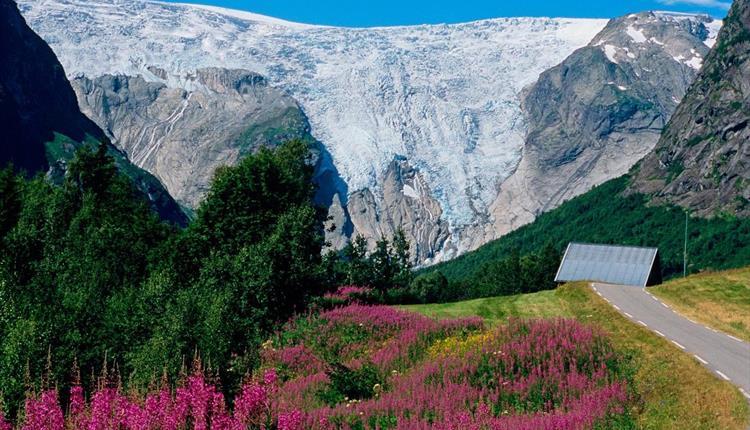 Bergsetbreen Gletscher, Jostedal/ Luster