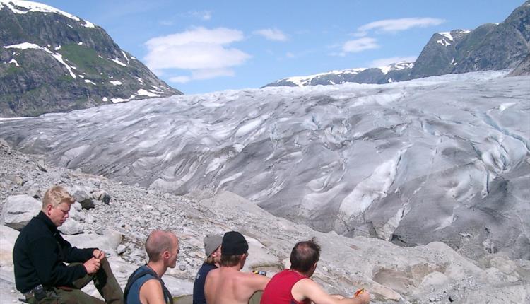 Tunsbergdalsbreen Gletscher, Leirdalen / Luster