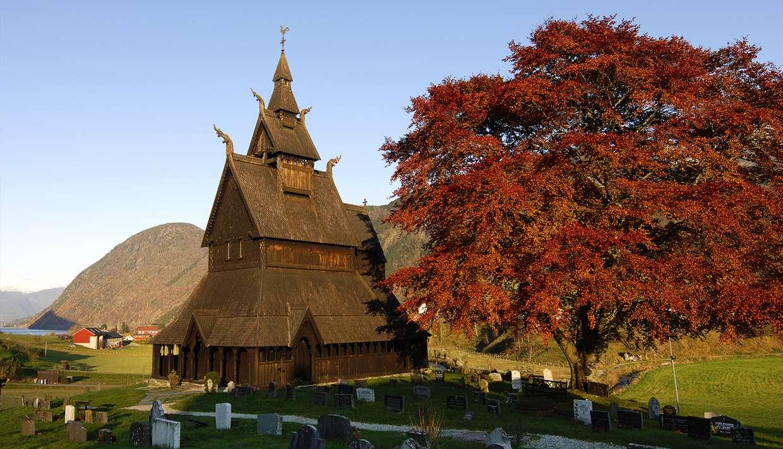 Sylvringen - Historical tour in Vik