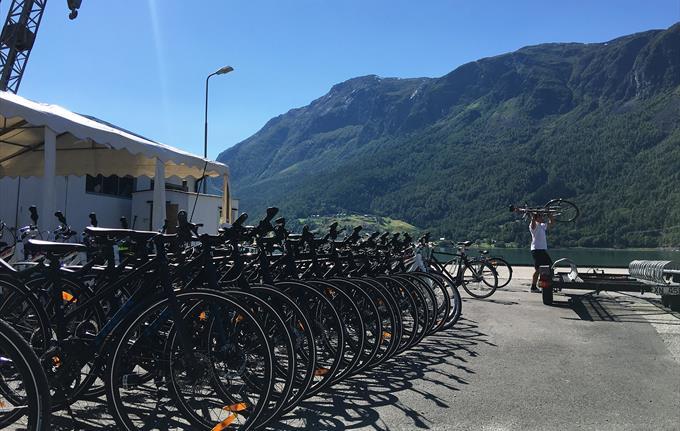 Bicycle & E-bike rental in Skjolden