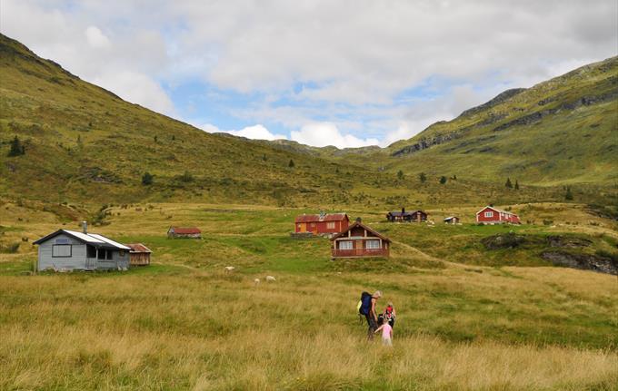 Navarsete, mot Heggdalen