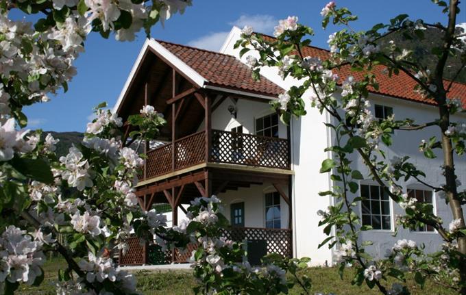 The Cider House, Balestrand