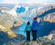 Bakkanosi - oberhalb des Nærøyfjords