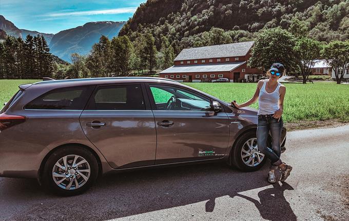 Flåm Travel - Car Rental