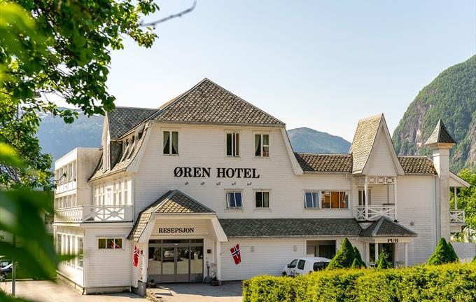 Øren Hotell