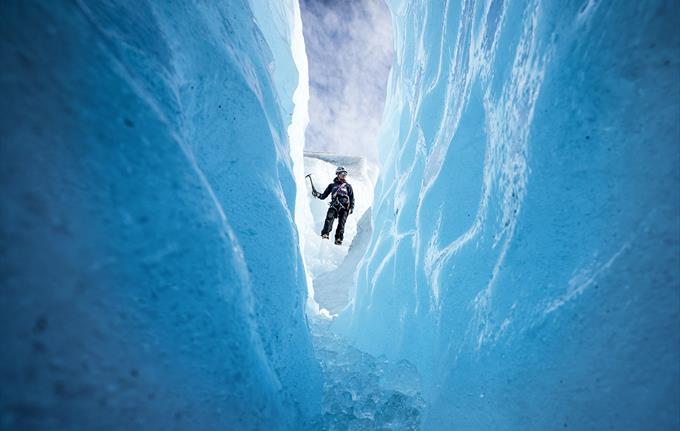 Sogndal - Nigardsbreen Glacier one way