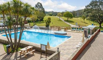 swimming pool holiday park paignton, Devon