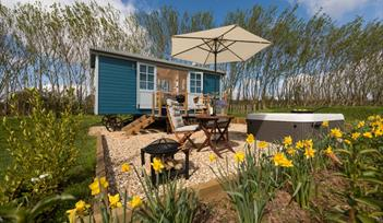 Classic Glamping - Crannaford Shepherd_s Hut