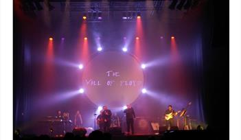 Wall of Floyd - Pink Floyd Tribute