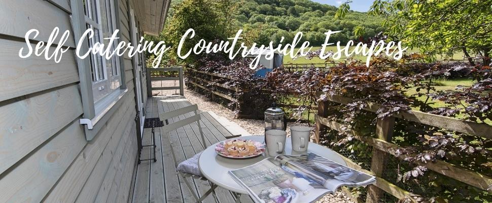 The Courtyard & Hedgerow at Wainhill