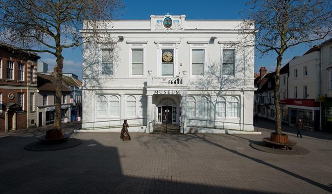 Willis Museum and Sainsbury Gallery