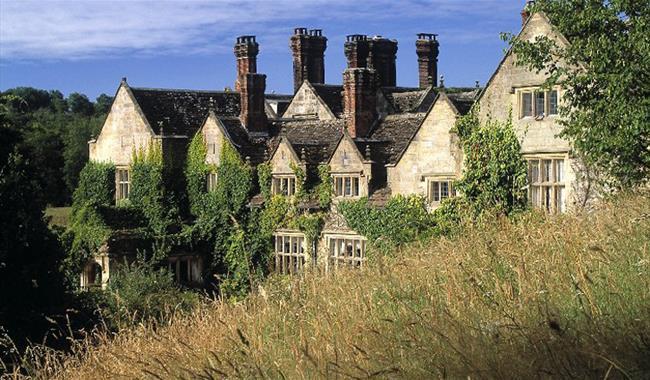 Gravetye Manor Hotel