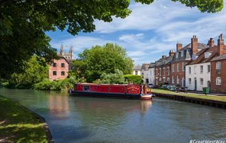 Canal boat in Newbury