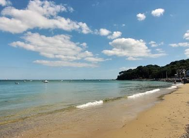 Sandy beach at Seagrove Bay, Isle of Wight, Things to Do
