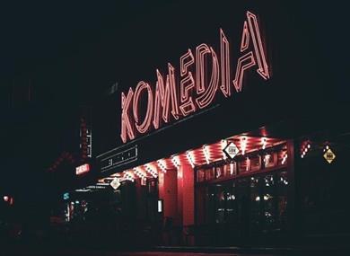 Komedia Neon sign