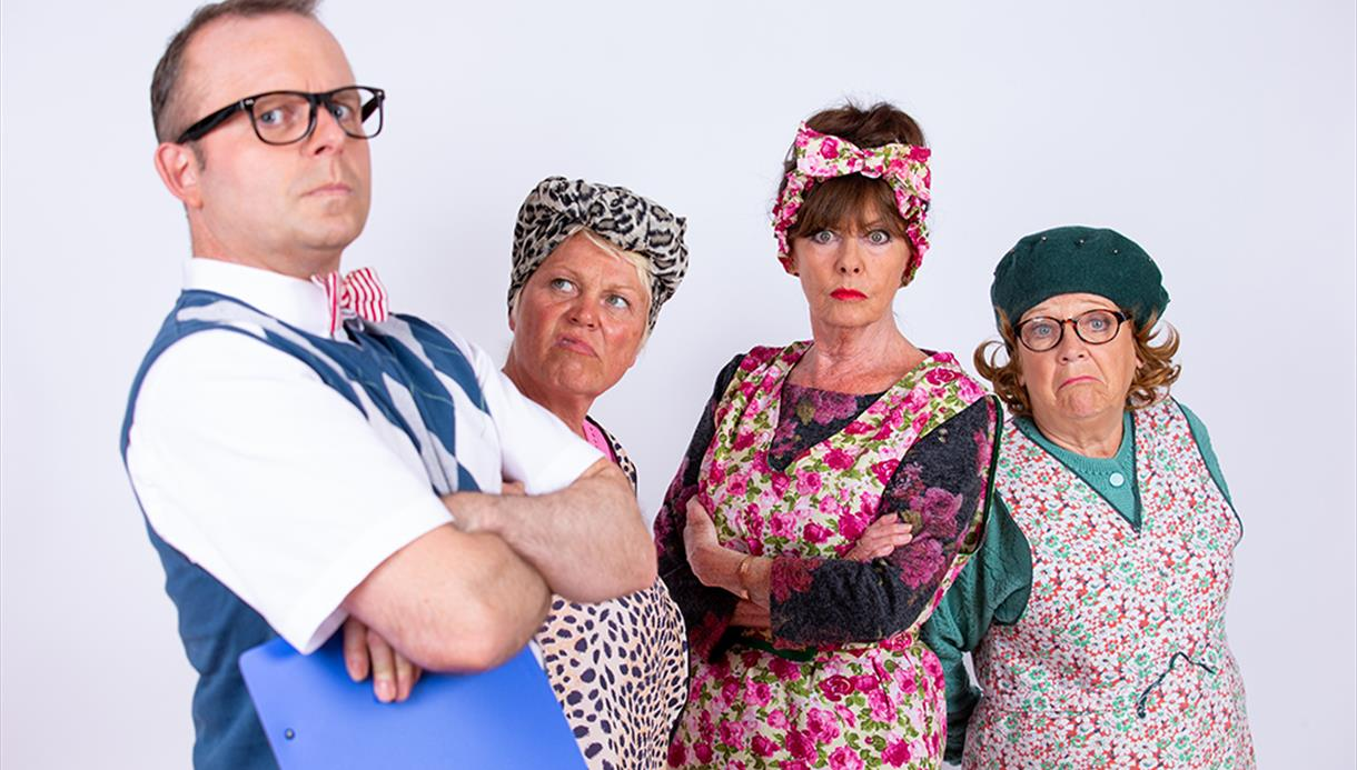 Dirty Dusting Cast