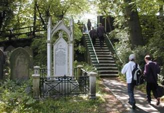Frank Hornby Memorial