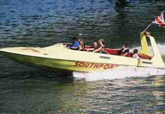 picture of a powerboat on southport marine lake