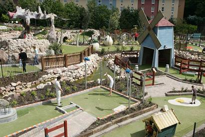 Extraordinary Golf at Alton Towers Resort