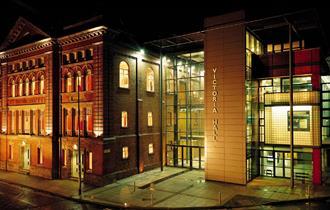 Victoria Hall at night