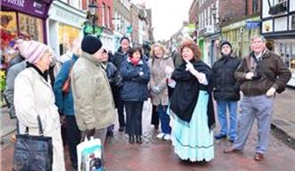 Image of Footsteps in Time costumed walking tour