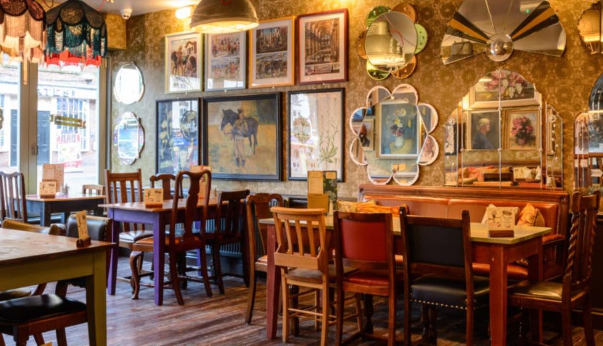 Capello Lounge