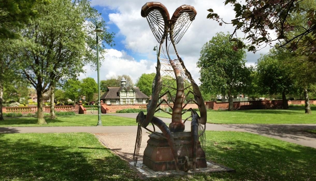 The Mayfly Throne, Burslem Park