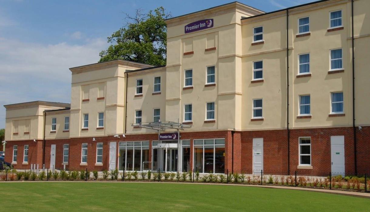 Premier Inn Stoke, Trentham Gardens