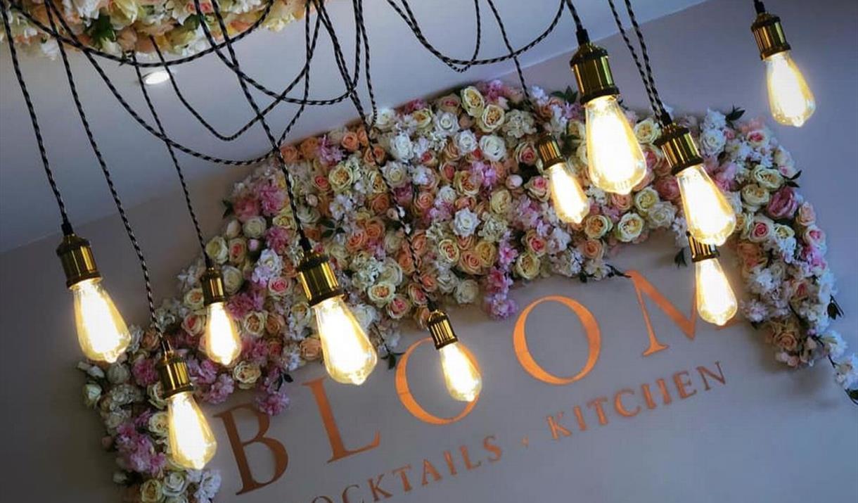 Bottomless Brunch at Bloom