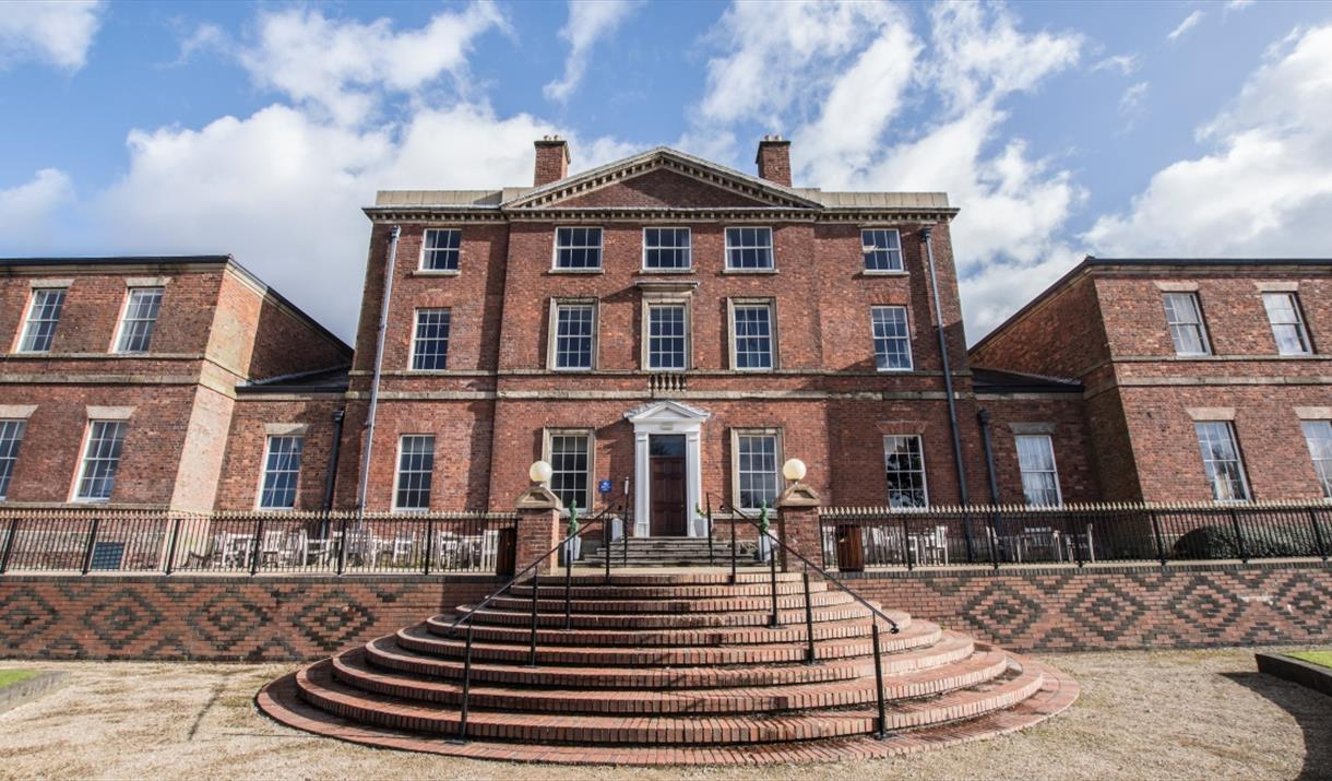 Etruria Hall - home to Josiah Wedgwood and now part of Best Western PLUS Stoke-on-Trent Moat House