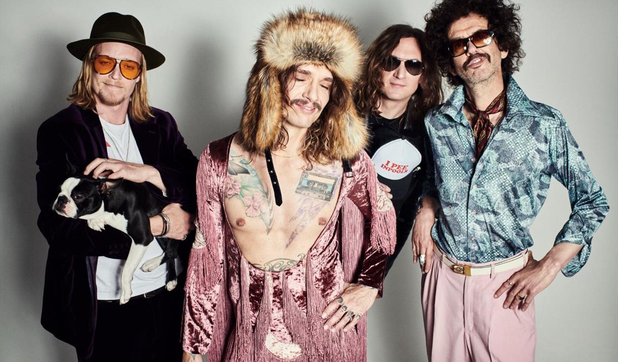 The Darkness at Victoria Hall