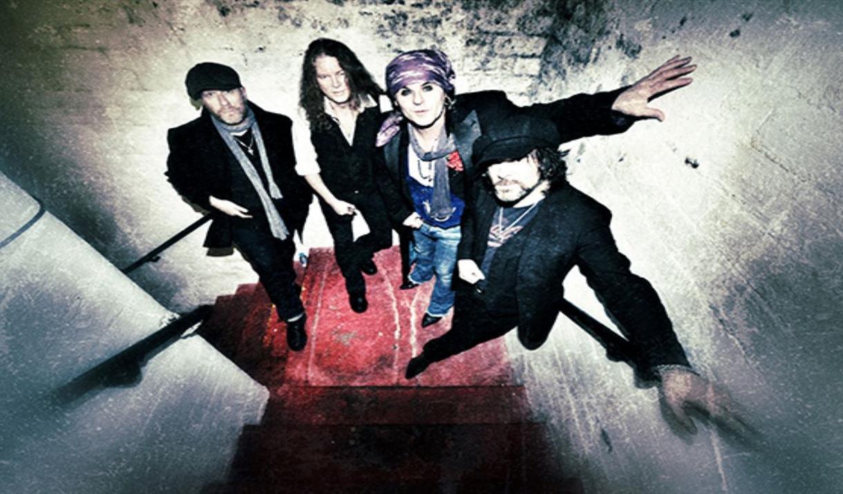 The Quireboys & Massive