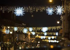Farnham Christmas Lights Switch On