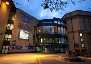 The New Victoria Theatre, Woking