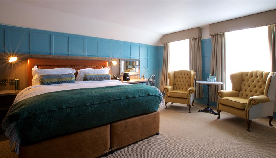 Decadent suite at The White Horse