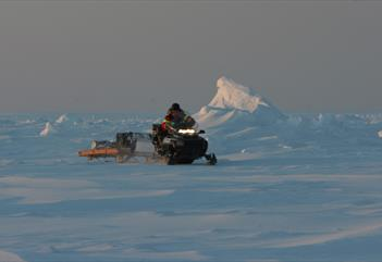 Snowmobile trip to the eastcoast - Arctic Adventures