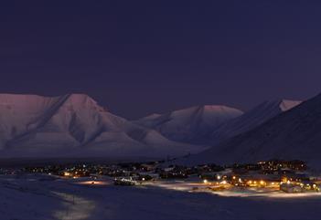 Skattejakt og rebusløp i Longyearbyen - Rana Itinerans