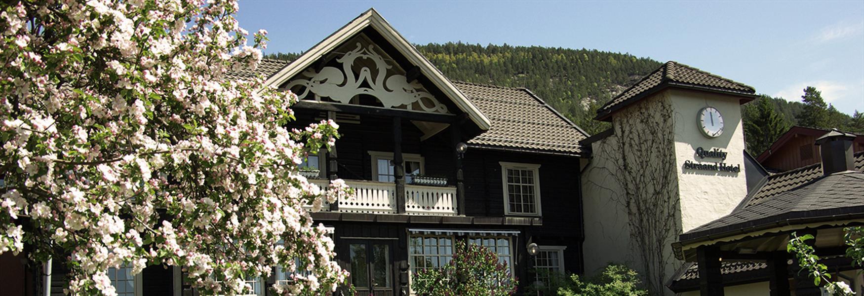 Straand hotel om våren
