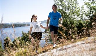 Par på tur på Bjørkøya