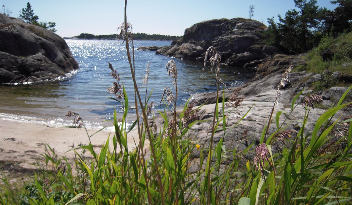 Ivarsand, a beautiful beach along the coastal trail
