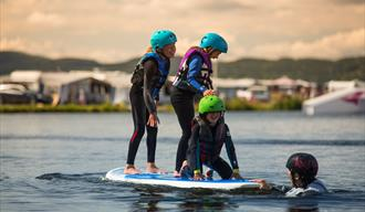 barn på Norsjø Kabelpark på Norsjø ferieland i Akkerhaugen