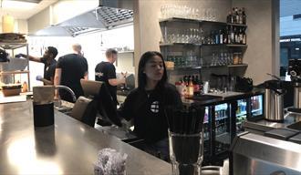 waiters working at Burglar Porsgrunn