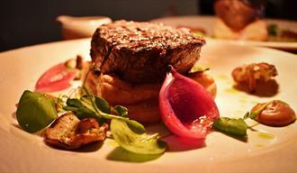 fransk inspirerte matretter serveres på på Merci Restaurant i Porsgrunn