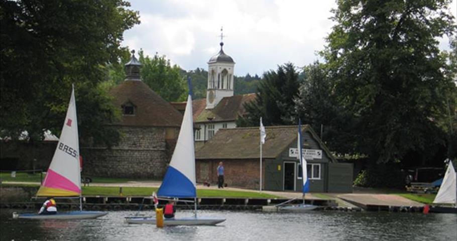 Bisham Abbey Sailing
