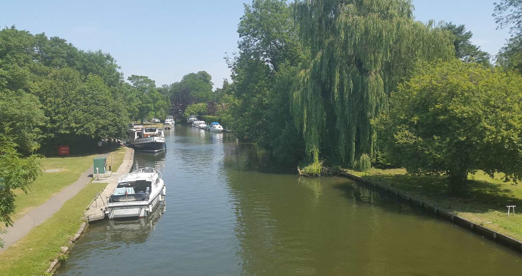 What's open along the River Thames