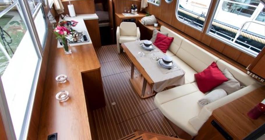 Interior of Hobbs of Henley Midsomer Motor Cruiser for boating holidays on the thames