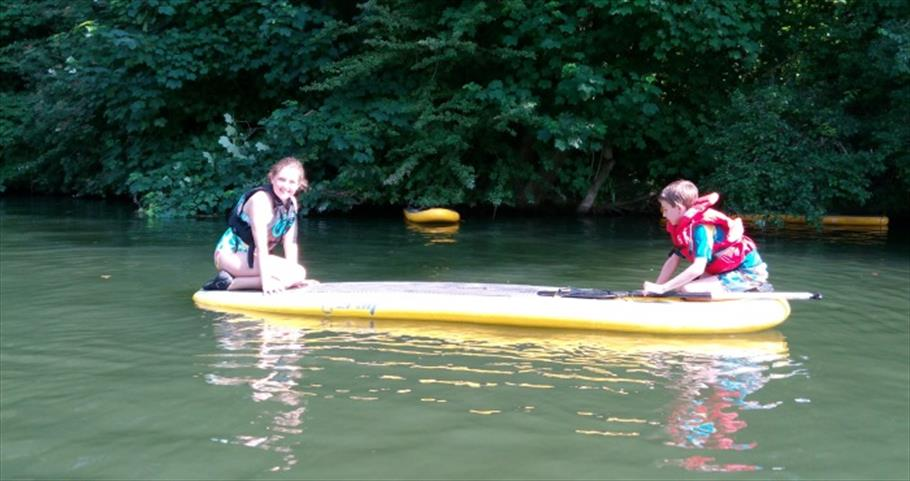 Ody Boat Hire - Children on SUP