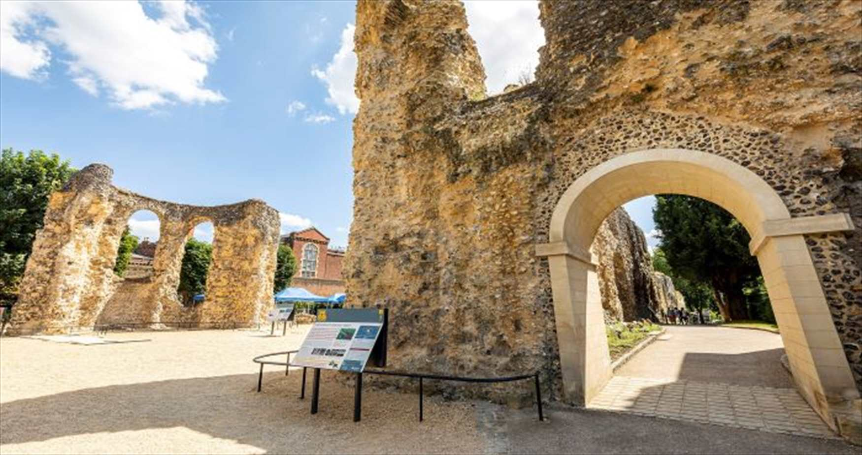 Explore the ruins of 800 year old Reading Abbey